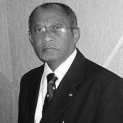 Dr. Eurípedes Farias